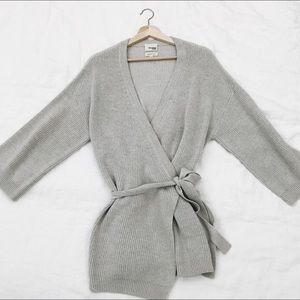 Aritzia Wilfred Free Thaler wrap sweater